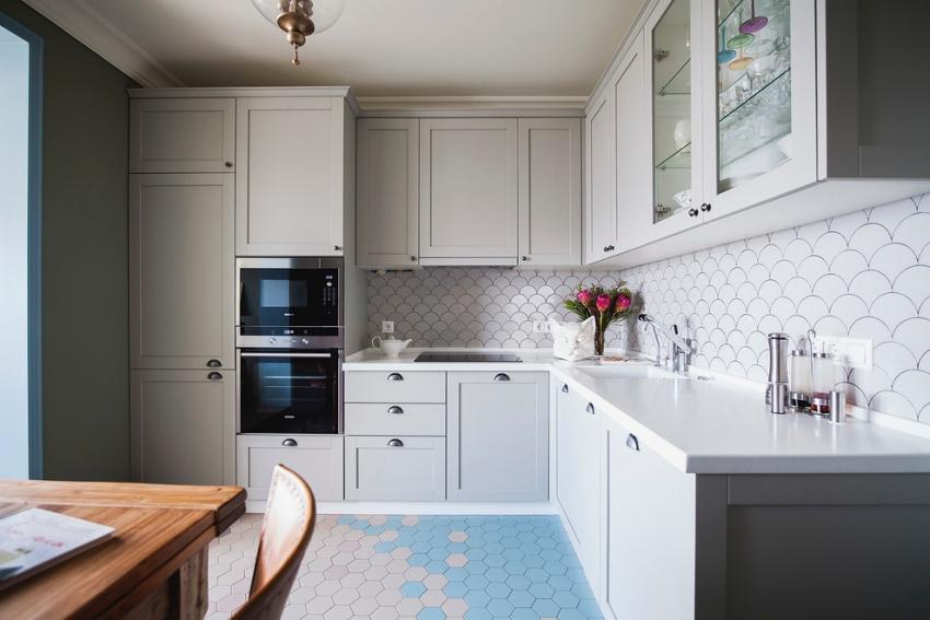 Плитка оригинальной формы способна преобразить интерьер кухни и сделать его более интересным