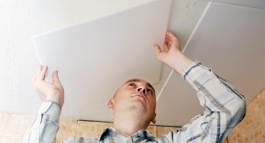 Как правильно клеить потолочную плитку: особенности создания необычного потолка