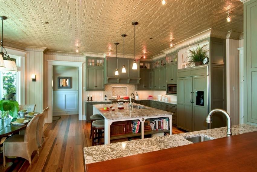 Фактурная плитка для потолка является традиционным решением для оформления интерьера в классическом стиле