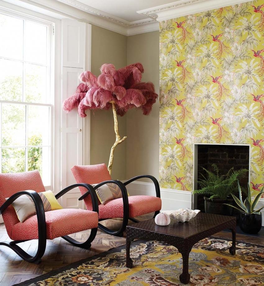 Полотна пастельных оттенков способны выгодно подчеркнуть красоту обоев с декоративными узорами