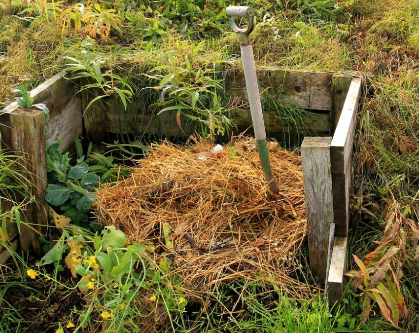 В зависимости от потребностей, компостная яма может отличатся по размерам