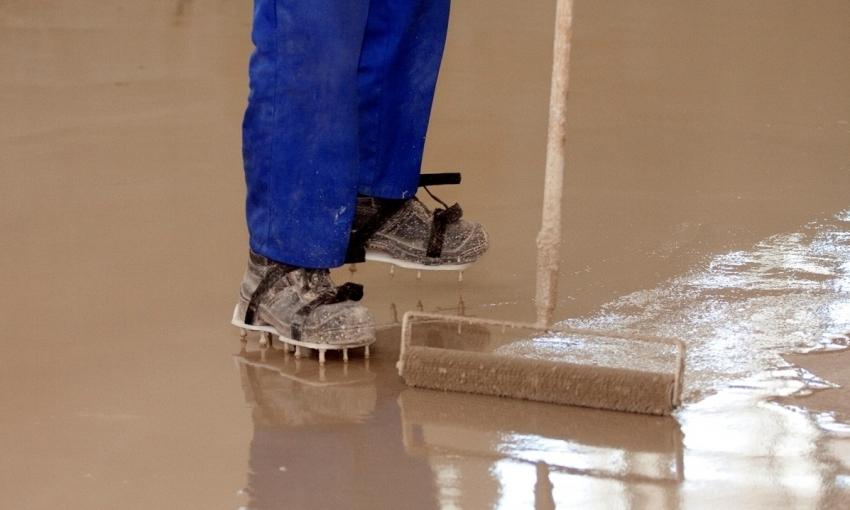 Наливной пол может быть использован в качестве основания для укладки нового плиточного слоя