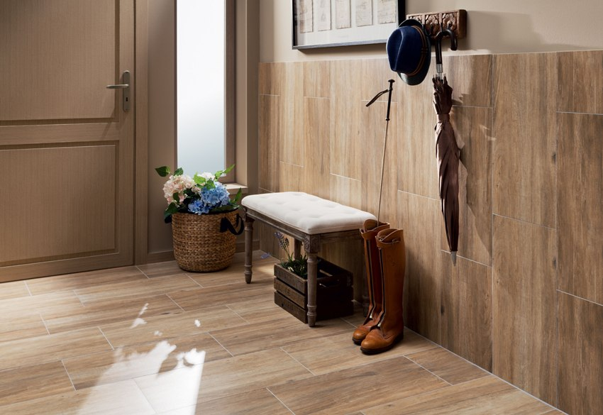С помощью плитки можно осуществить необычный переход от стены к полу