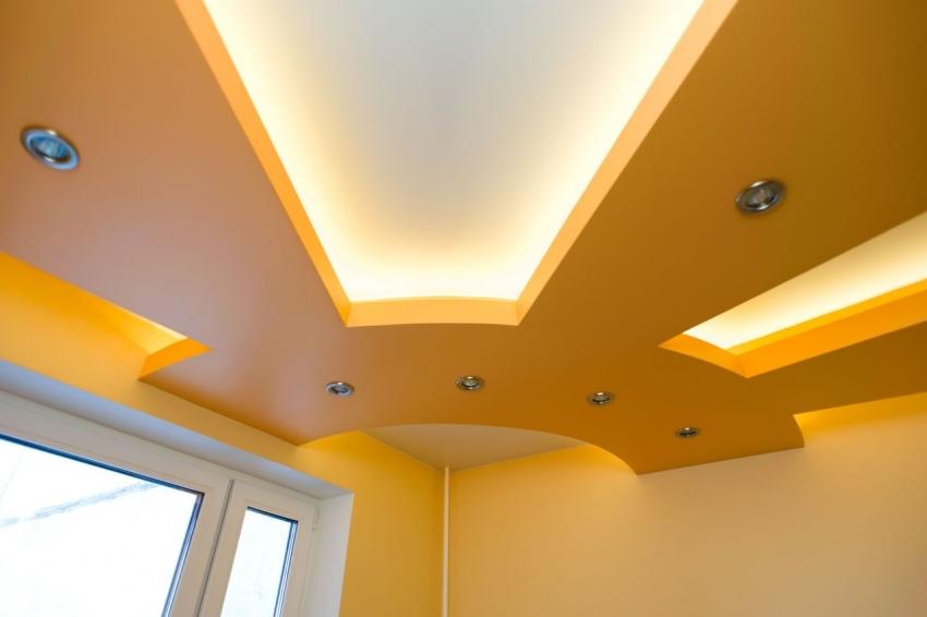 Для создания необычного дизайна навесного потолка необходимо разработать схему с детальными расчетами