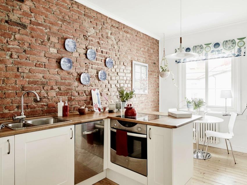 Моющиеся обои могут быть использованы для оформления фартука на кухне