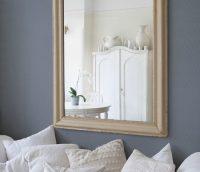 Для того чтобы обои под покраску легли ровно, а покраска была идеальной, стоит позаботиться о предварительной подготовке стен перед поклейкой