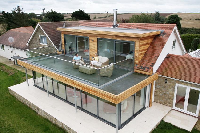 Технология обустройства плоской крыши может пригодиться и при постройке веранды с террасой наверху