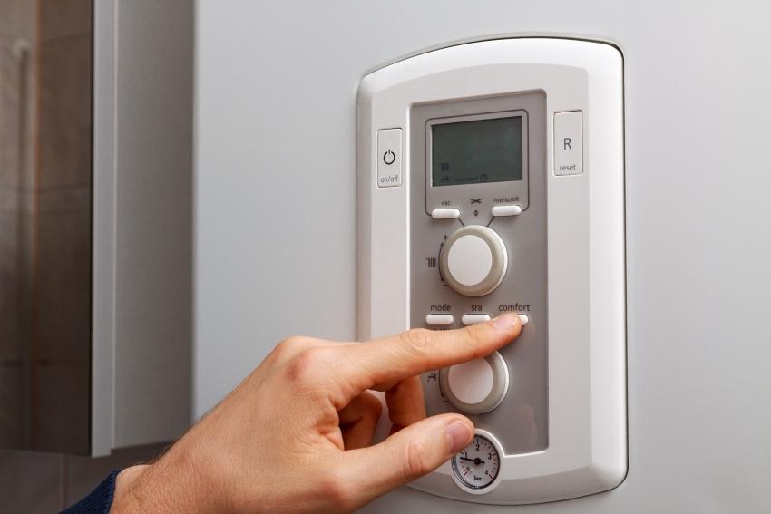 Любой тип системы теплого пола контролируется с помощью датчика и регулятора температуры