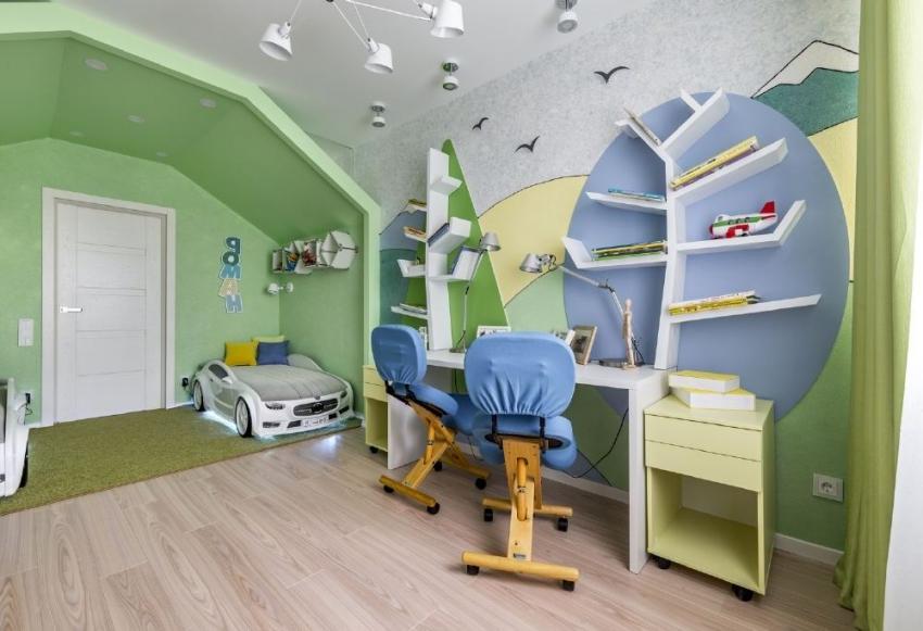 С помощью жидких обоев можно рисовать на стенах, создавая уникальный дизайн интерьера