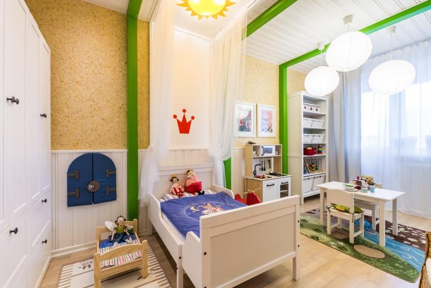 Благодаря тому, что фактурные жидкие обои приятные и мягкие на ощупь, а также прекрасно сберегают тепло, такую отделку часто используют для оформления детских комнат