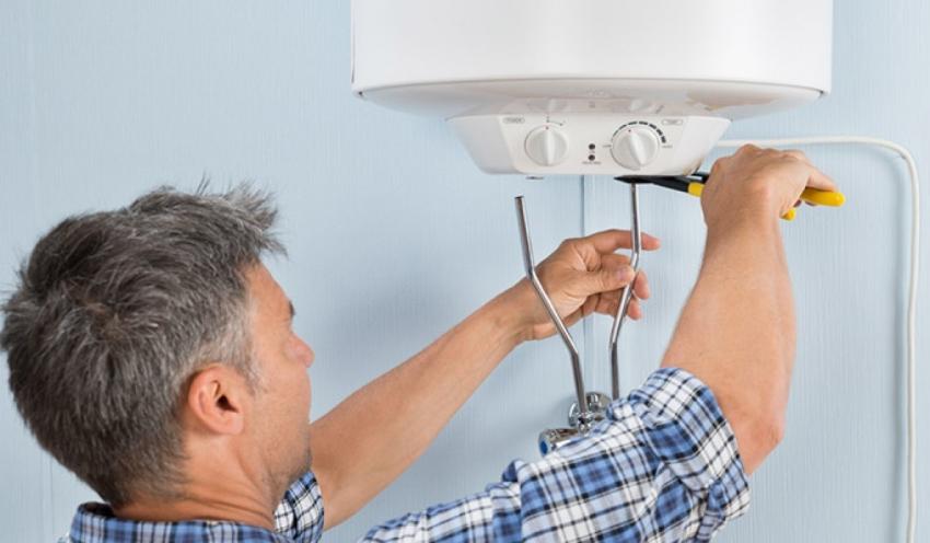 Перед сливом воды из бойлера необходимо убедится что устройство отключено от системы электропитания
