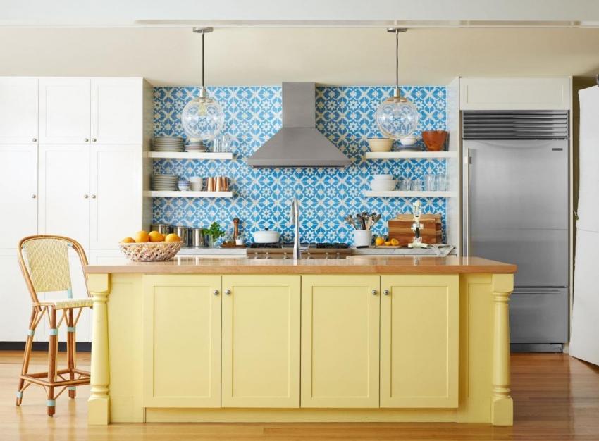 При покупке плитки с орнаментом, необходимо закладывать 10-15% про запас