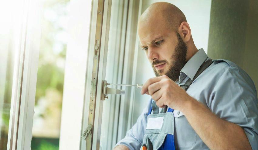 Чтобы изменить режим металлопластиковых окон не обязательно вызывать мастера