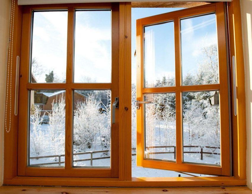Отсутствие скрипа и свободное открывание створок - главные показатели хорошо отрегулированного окна