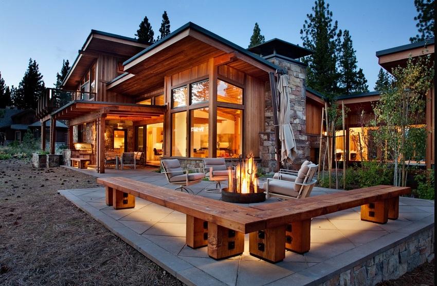 При строительстве дома из бруса своими руками, необходимо обращать внимание на качество материалов