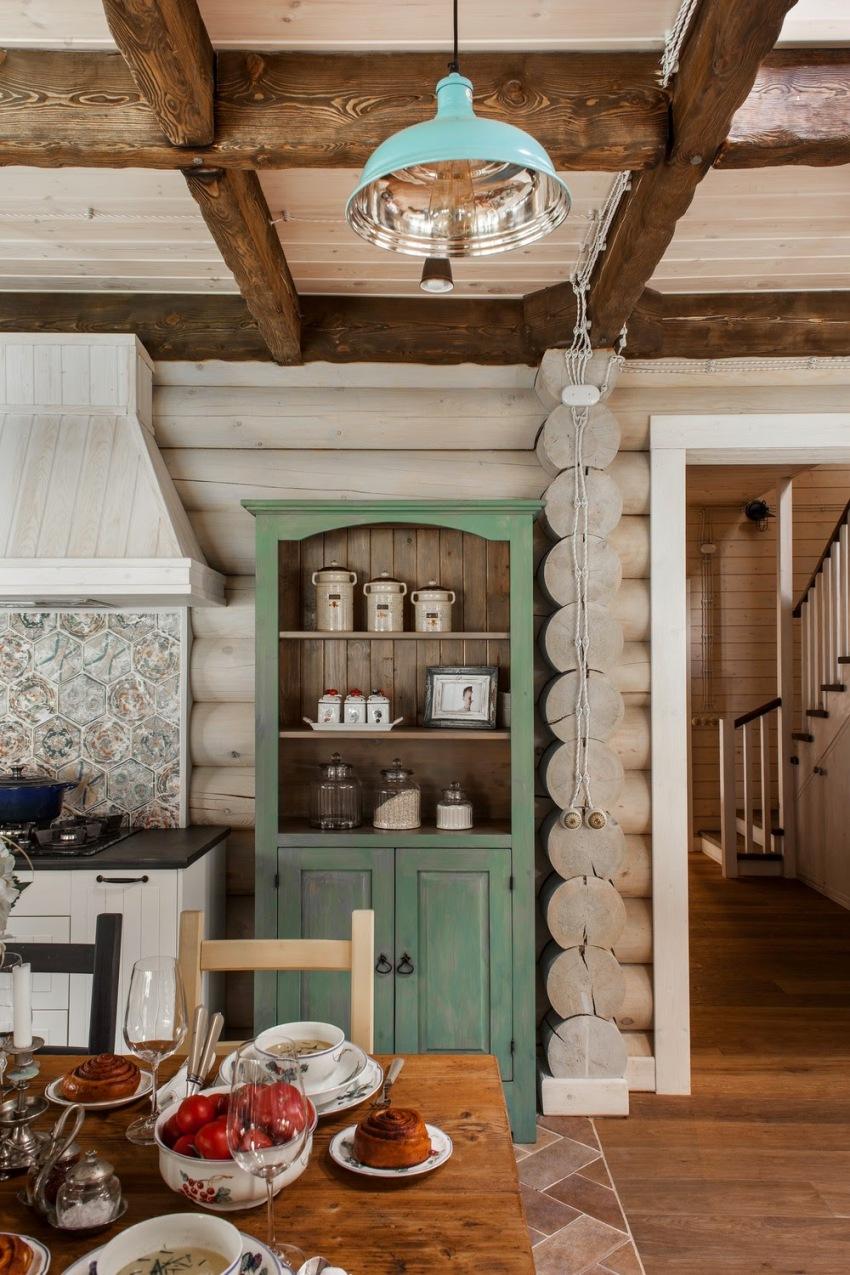 Стены из дерева прекрасно удерживают тепло в доме