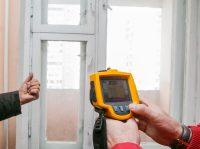 Определить теплопотери через окна можно, используя тепловизор