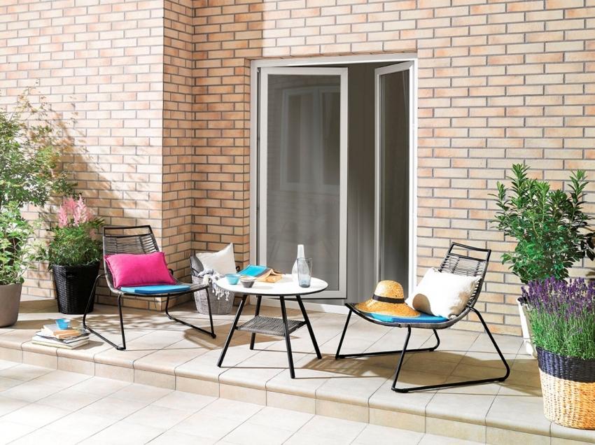 Клинкерная плитка защищает стены здания, благодаря устойчивости к атмосферным воздействиям и солнечным лучам