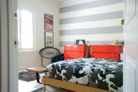При выборе цветовой гаммы для интерьера спальни, можно воспользоваться цветовым кругом или таблицей сочетания цветов