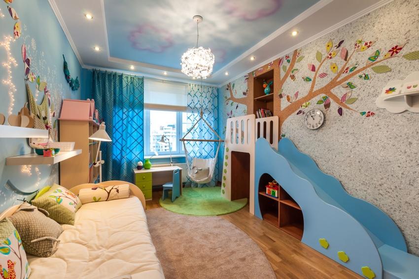 Жидкие обои часто используются для отделки детских комнат благодаря мягкой поверхности и высокому уровню шумо- и теплоизоляции