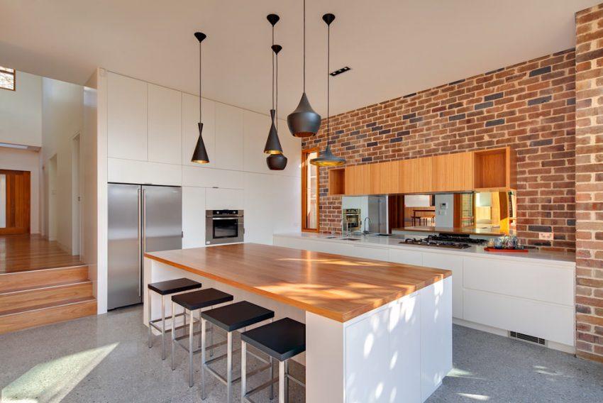 Гибкая плитка часто используется для облицовки поверхностей на кухне