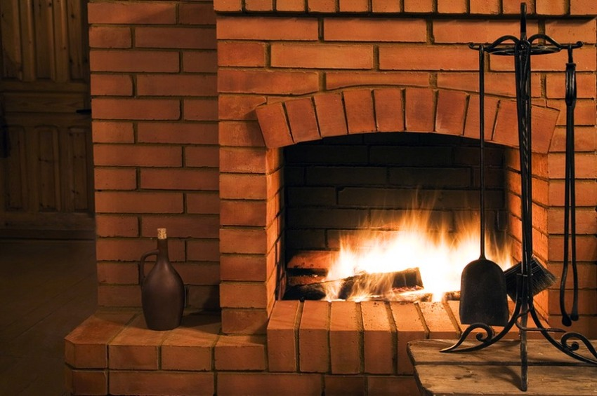 Специальный огнеупорный кирпич не боится высокой температуры