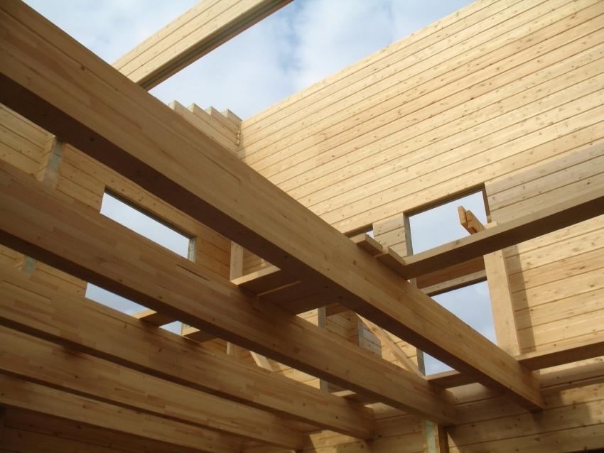 Деревянный брус с размером сечения 150х150 мм используется чаще других видов