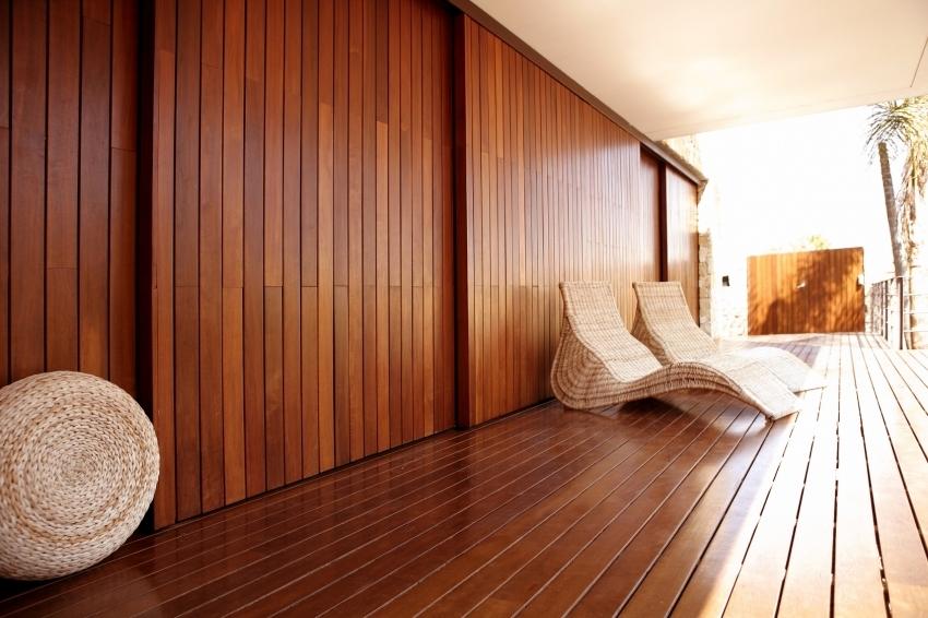 Деревянную вагонку можно использовать для отделки как внутренней, так и внешней части бани