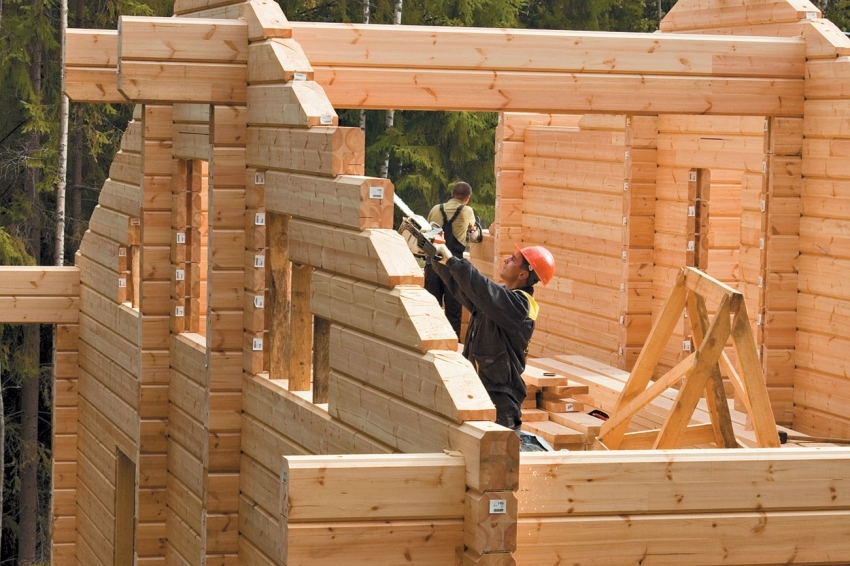 Построить дом из клееного бруса можно своими руками, используя готовый проект