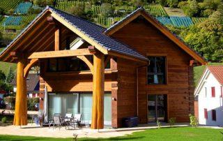 Строительство домов из бруса своими руками: особенности технологии
