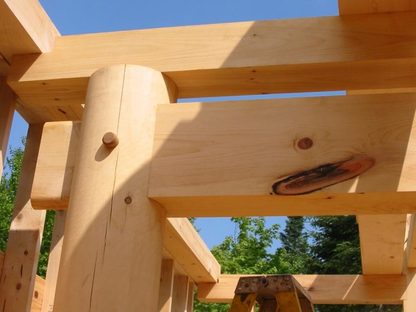 Качество древесины для строительства дома определяет длительность эксплуатацинного срока всего здания