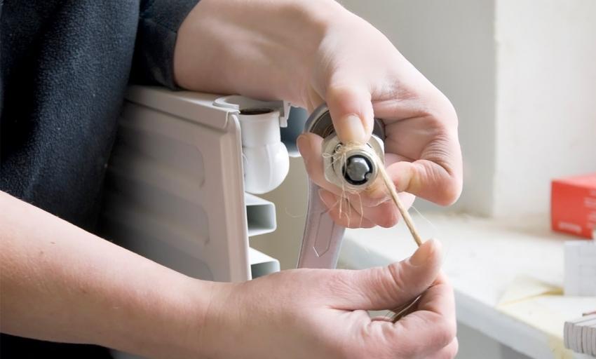 При выборе глицеринового теплоносителя для системы отопления необходимо заменить прокладки на тефлоновые или паронитовые