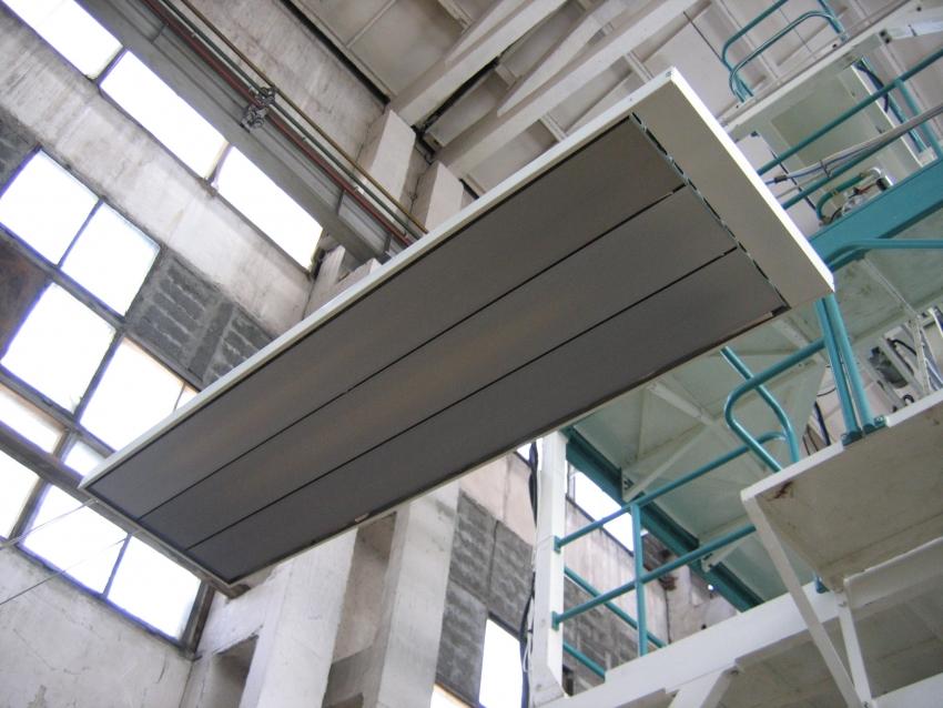 Тепловые завесы создают поток горячего воздуха, образующего невидимую термопреграду для холода