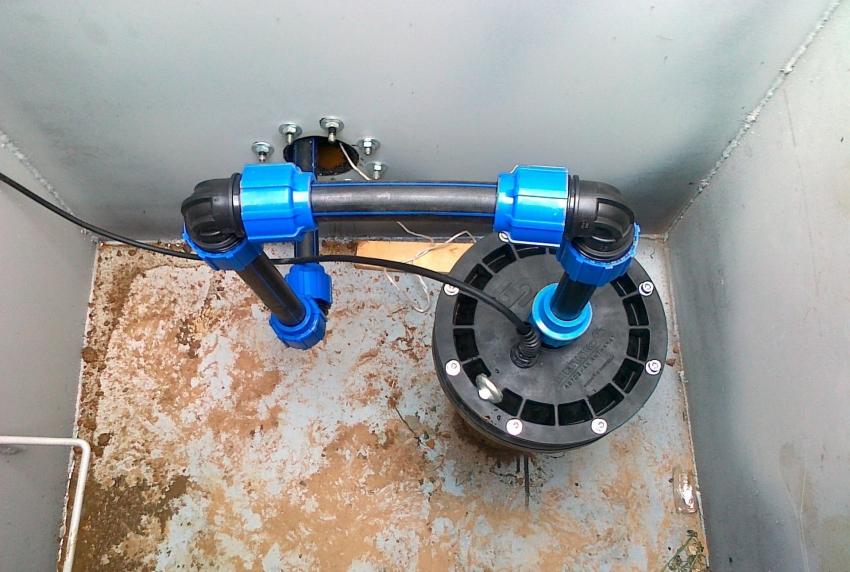 Выбор оборудования для системы водоснабжения зависит от уровня потребностей жильцов дома и частоты ее использования