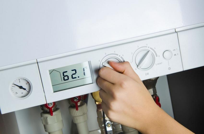 Бойлер косвенного нагрева от компании GBK80ORRNB6 имеет удобную панель управления, что позволяет контролировать температуру воды