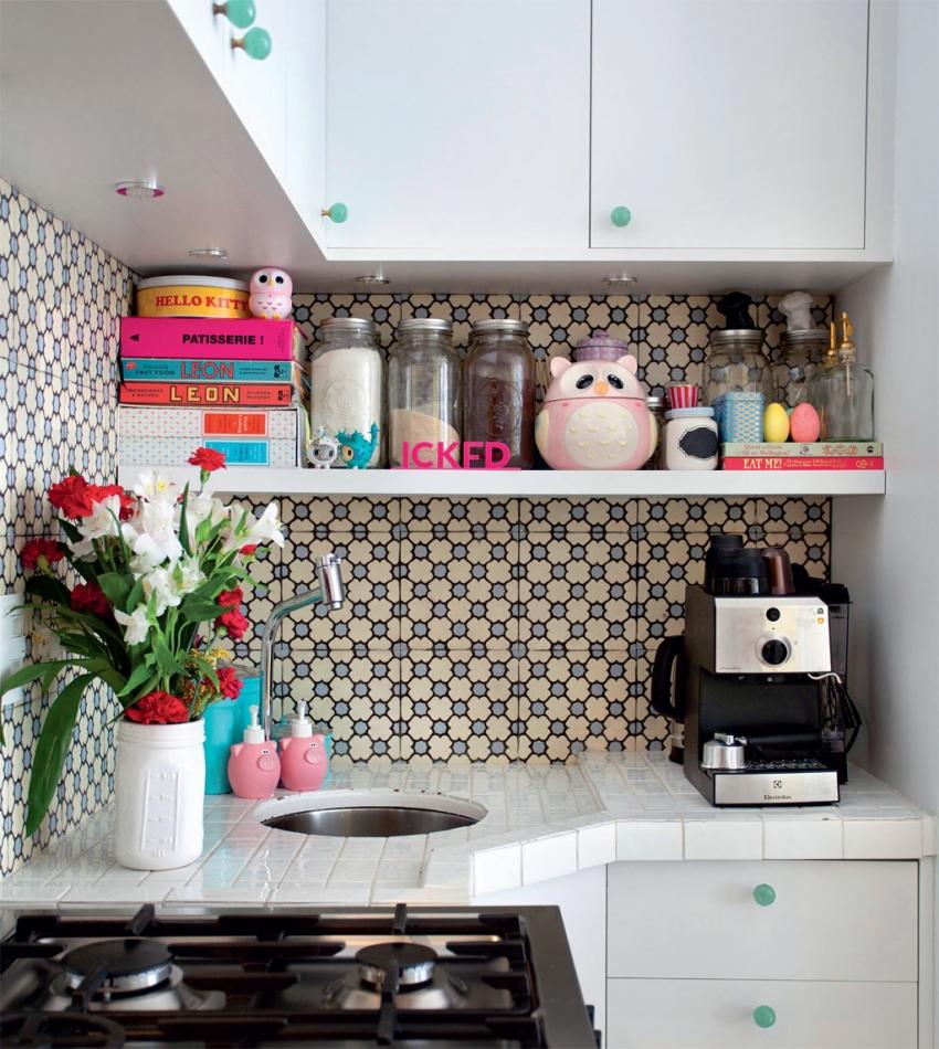 Современные производители керамической плитки предлагают широкий выбор цветовых решений для кухонного фартука