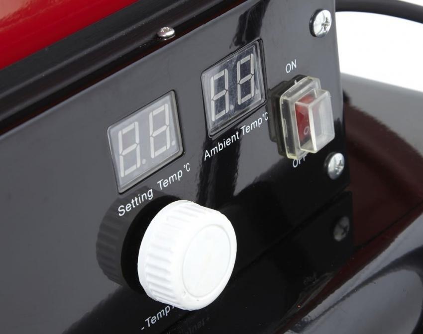 Современные дизельные, газовые и электрические тепловые пушки оснащены удобной панелью управления, которая позволяет регулировать температуру нагрева воздуха