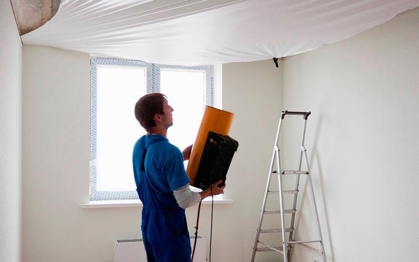Наиболее подходящими для установки натяжного потолка являются газовые тепловые пушки