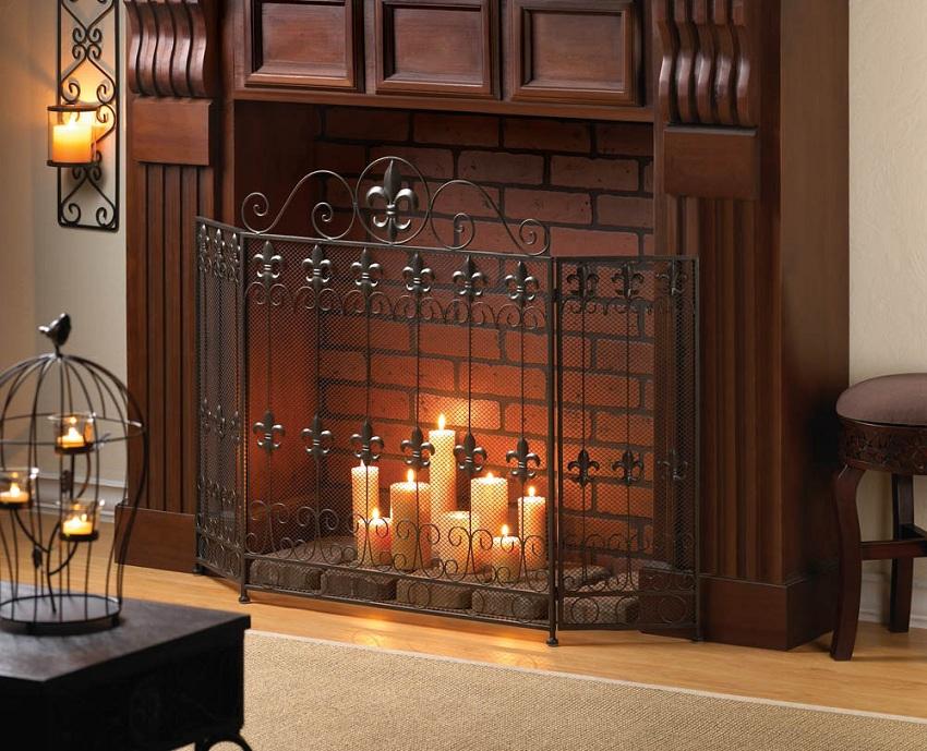 Декоративный камин для гостиной, изготовленный из кирпича и дерева