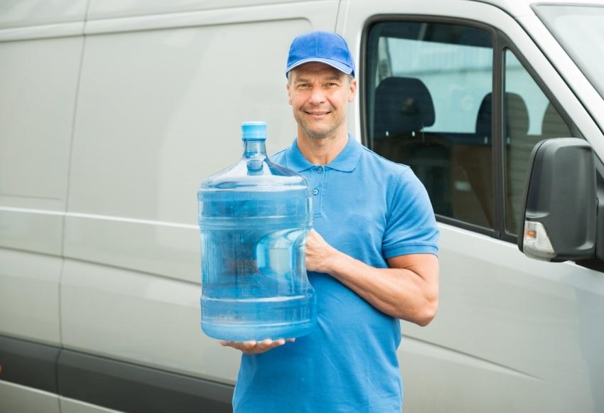 Если нет возможности приобрести кулер, стоит рассмотреть возможность заказа у специализированной фирмы услуги бесплатного пользования устройством при покупке воды
