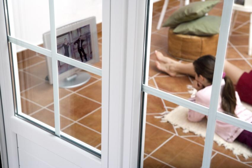 При правильной установке окон и радиаторов, стекла всегда будут сухими