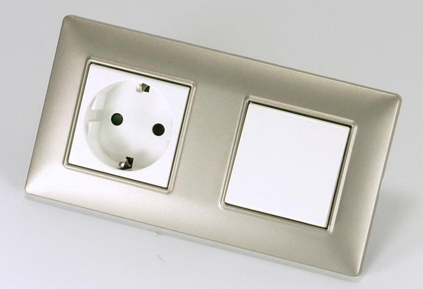 Цельный корпус розетки с выключателем позволяет уменьшить число задействованных проводов