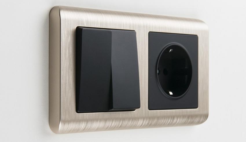 Особенностью розеток и выключателей от компании Schneider-Electric является широкий выбор изысканных внешних корпусов