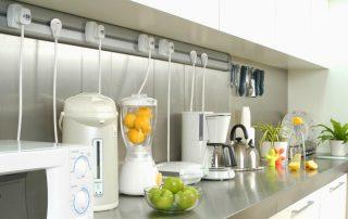 Розетки на кухне: расположение, схемы и особенности конструкций
