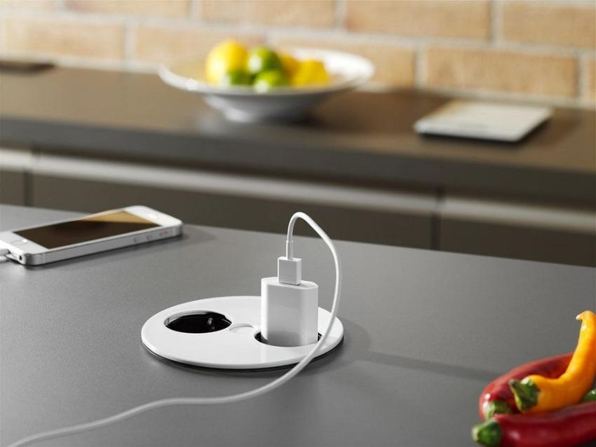 Современные типы розеток позволяют оформить интерьер кухни не только удобно, но и со стилем