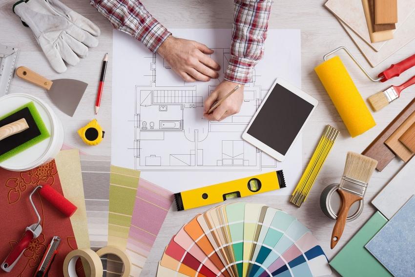 Ремонт квартиры можно качественно выполнить своими руками, заранее изучив все нюансы работ и подготовив необходимые материалы
