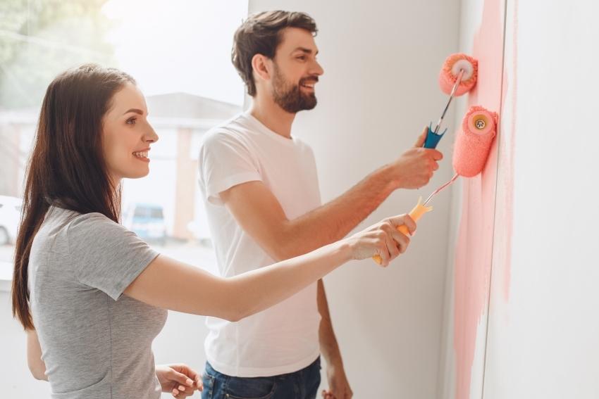 Краску для стен необходимо выбирать, исходя из функционального назначения помещения