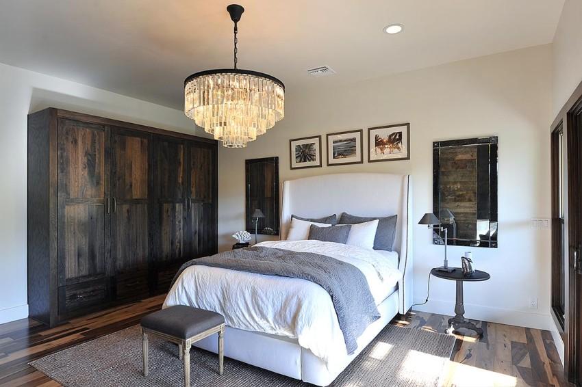 Правильно подобранная люстра для спальни поможет получить желаемый покой и расслабление