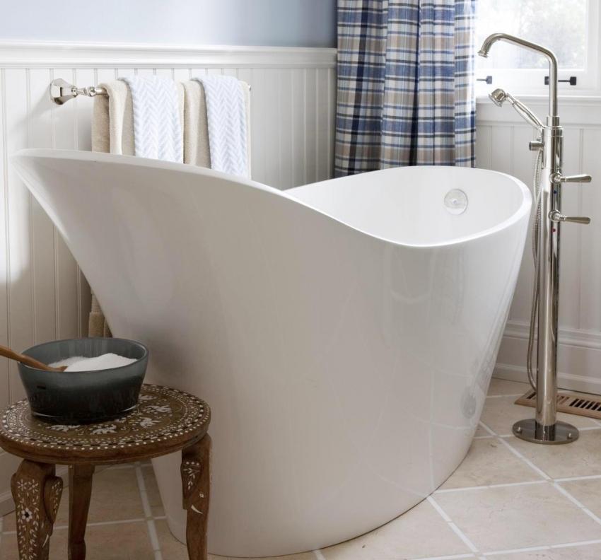 Глубокие чаши акриловых ванн набирают особую популярность в последнее время, благодаря интересной и нестандартной форме, которая способна украсить любой интерьер