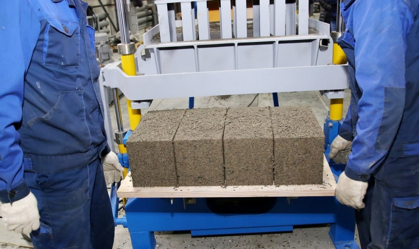 Производители арболита уверяют, что это экологически чистый продукт, но при покупке все же стоит поинтересоваться сертификатами качества